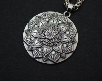 silver tone mandala flower necklace