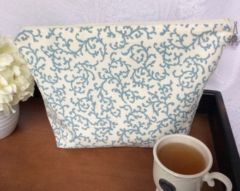 White and Blue Paisley Oversized Nitting Project Bag