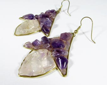 "Beautiful purple and crystal ""Pendiente de Reina"" earrings made of bronze and gemstones - amethyst and crystal quartz"