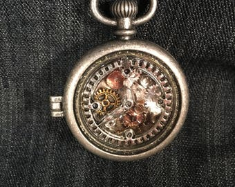 Stunning Watch Locket!!