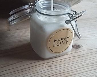 Cream soya wax candle
