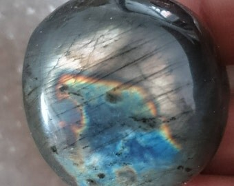 Labradorite Pebble 44.90 Gr - Rainbow sky and blue