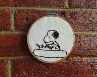 "Frame with handmade embroidery ""Snoopy"""