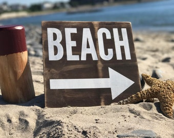 Beach Directional Sign, Beach Sign, Rustic Beach Sign, Arrow Sign, Beach House Decor, Surf Decor, Beach Arrow Sign, Coastal Decor