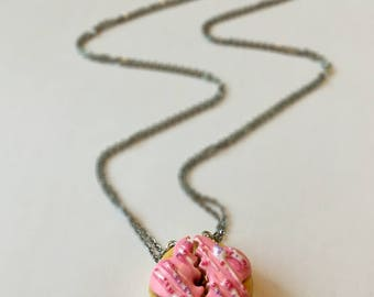 BFF Best Friend Donut necklace, food jewelry, food miniatures, fake food, handmade, polymer clay jewelry