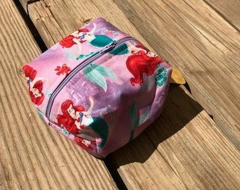 Boxy Zipper Bag: Little mermaid