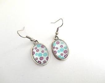 Earrings cabochon oval flowers
