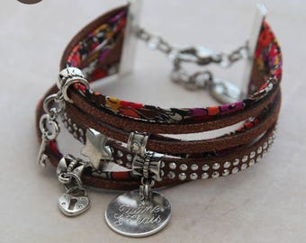 "Fancy bracelet personalized with names ""So Pretty"" Lesley's chocolate"