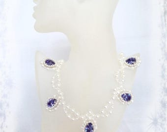 Medieval - Necklace Isabeau of Bavaria - Swarovski and glass pearls - unique