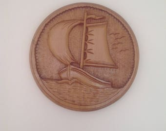 Hand Carved Boat Plaque,Wood,Gifts for her,Gifts for him,Wall Art,Wall Hanging,Handmade,Sea,Boat,Wind,Circular,Round Carving