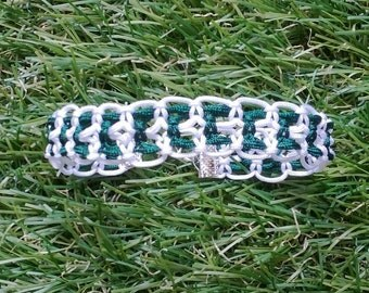 Macrame bracelet white and green 1 rounds