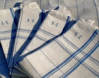 Tea towel linen (linen & cotton), woven in France, customized with your initials hand embroidered
