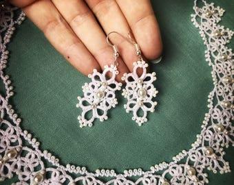 Wedding lace earrings, white lace earrings, white tatting earrings, tatted jewerly, tatting earrings, tatted earrings Lace earrings Tatting