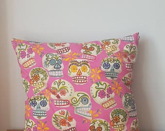 Day of the Dead / Cinco De Mayo Sugar Skulls hand made pillow case (pillow included)