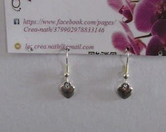 earring type B3 heart