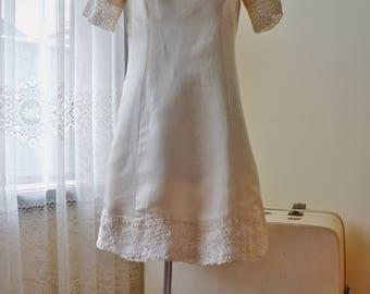 60s vintage cream lace beaded mini dress S M