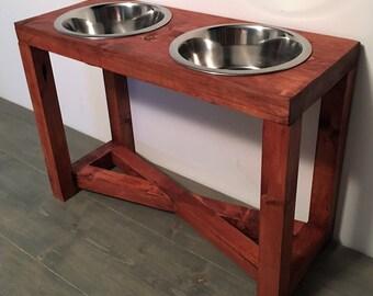 Large-Rustic Raised dog feeder (2 Quart Bowls x 2)