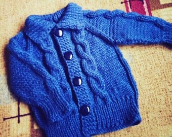 Knitted sweater for toddlers
