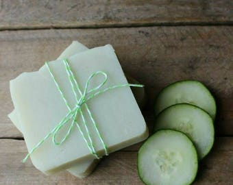 Cucumber & Peppermint l Refreshing Goat's Milk Soap l 4oz