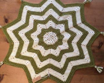 Crochet Green Star Tassel Blanket