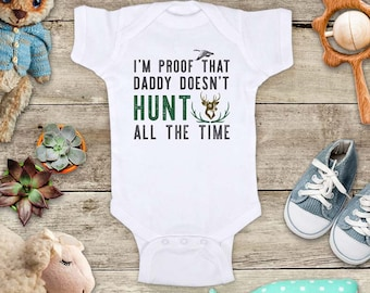 I'm proof that daddy doesn't HUNT all the time - funny golfing baby bodysuit baby shower gift - Made in USA - toddler kids youth shirt