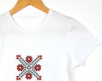 "Embroidered Ethnic T-shirt Traditional Pattern ""Bujor"""