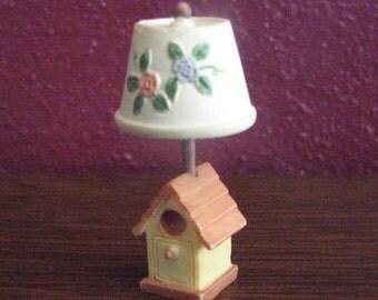 Vintage 1997 Dollhouse Miniature birdhouse lamp light Enesco Corp. 304131