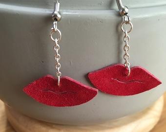 Lip Dangle Earrings