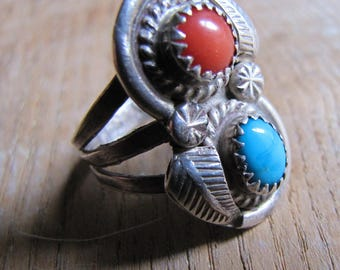 Lovely Vintage Signed Turquoise and Coral Sterlin Silver Navajo Ring 7.5 7.75
