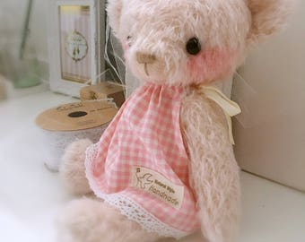 Pink JENNY BEAR pattern and Kit - by bear artist Jenny Lee of Jennylovesbenny bears PDF
