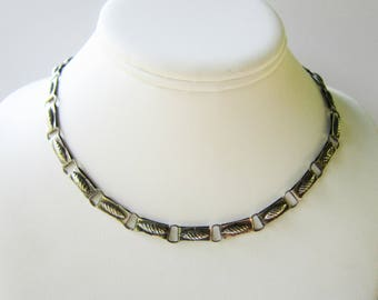 Vintage Mexico Sterling Silver Link Necklace with Stampwork Pattern  1781