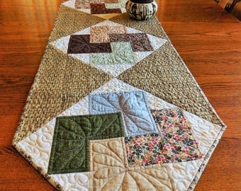 """Neutral Table Runner, Card Trick Variation Cotton Pieced Quilted Table Runner, OOAK Table Topper, 18"""" x 52"""" Long Summer Table Runner"""