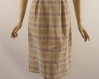Vintage 1950s Dress Earthtone Patterned Jacquard Form Fitting B40 W27