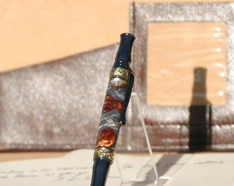 Broadwell Nouveau Sceptre Gunmetal and 24kt Gold Fountain Pen - Molten Metal Acrylic
