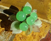 Vintage MURANO Style BLOWN GLASS Green Berry Cluster with Leaves, Mid-Century Art Glass, Handmade glass fruit