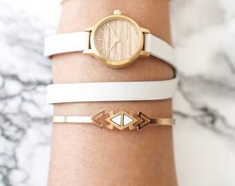 22 mm Watch in Oak and White, Small Women's Wrist Watch, Wooden Wrist Watch, Leather Strap, Bracelet Watch, Leather Band Watch