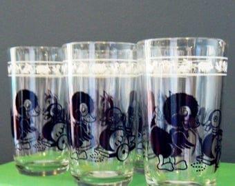 Set of 5 Vintage Animal Juice Glasses / 1950s Childrens Glassware Set / Retro Juice Glass Set