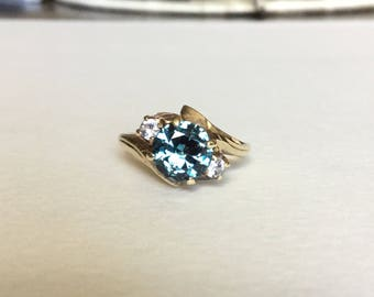 Stunning teal and clear spinel ring 10k gold