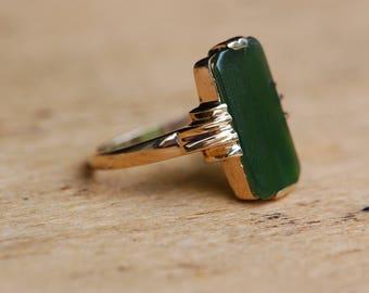 Vintage 1950s 10K jade panel ring from Forstner Chain Company