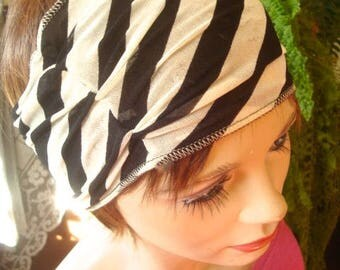 womens Headband  Wide Headband lightweight cream black print  mesh  Comfortable Yoga turband