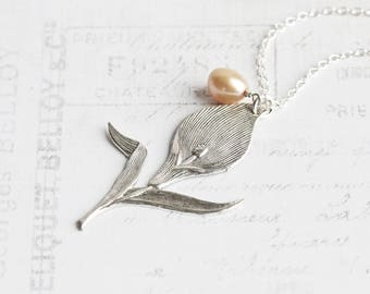 Calla Lily Necklace, Antiqued Silver Plated Flower Pendant with Gold Freshwater Pearl Accent, Silver Flower Necklace, Floral Jewelry