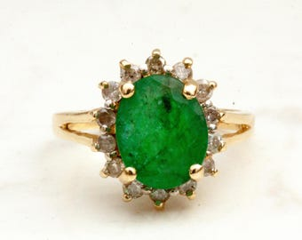 Vintage Oval Cut Emerald and Diamond Halo Ring in 14k Solid Yellow Gold, Size 5.5