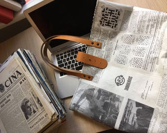 Real newspaper tote with closure