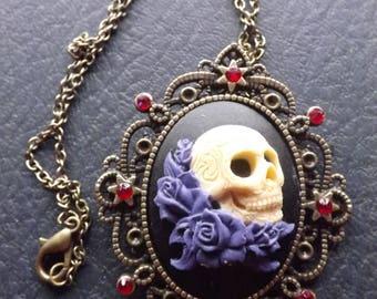Sugar skull necklace, skull jewellry, skull cameo, gothic Necklace, Fantasy necklace, Dead of the dead, Dia de los Muertos, sugar skull
