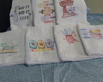 Lt weight floursack kitchen towels with machine embroidery(Utensils)