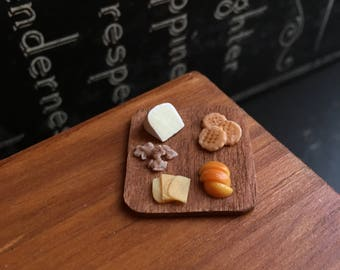 Miniature Cheese Tray - 1:12 Scale