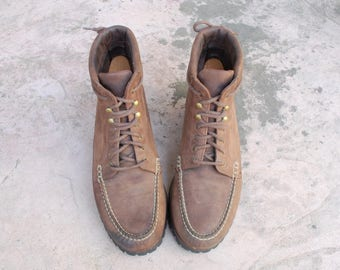 Vintage Mens 8.5 Cole Haan Country Genuine Handsewn Distressed Leather Boots Ankle boots Military Combat Field Boots Chukka Desert Boots