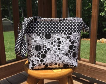 Black and White Quilted Bag, Quilted Tote, Quilted Purse, Quilted Handbag, Cross Body Bag or Shoulder Bag, Ready to Ship, adjustable
