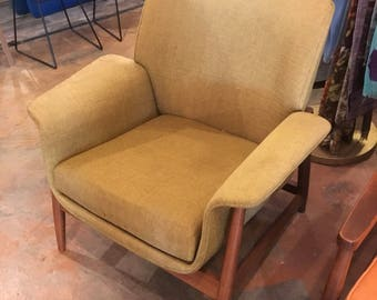 Kodawood Mid-Century Modern Chair