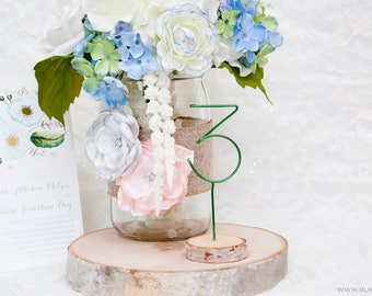 Rustic Table Numbers / Wire Table Numbers / Table Signs / Wood Table Number / Table Number / Rustic Wedding Decor / Set of 5